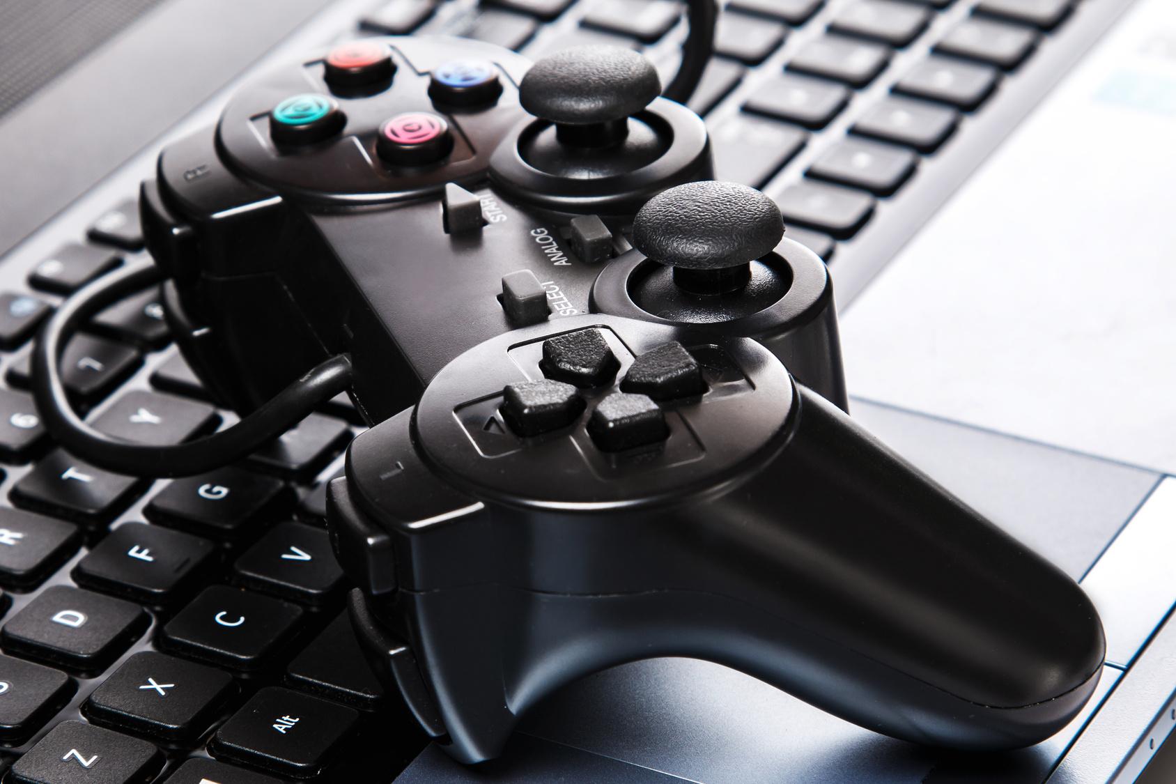 Modowanie gier komputerowych a prawo autorskie. Czy i jakie zmiany można wprowadzić do takich produktów?