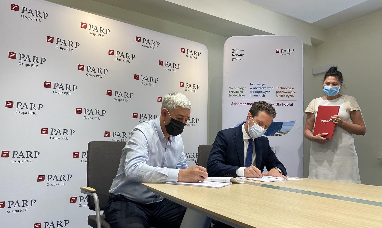 Podpisano pierwsze umowy o dofinansowanie. Prawie 17,5 mln zł z Funduszy Norweskich już w drodze do polskich firm